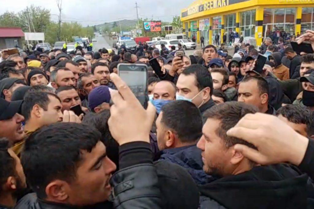 Marneulidə azərbaycanlıların etiraz aksiyası