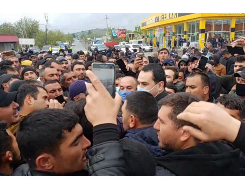 Azerbaijanis rally in Marneuli