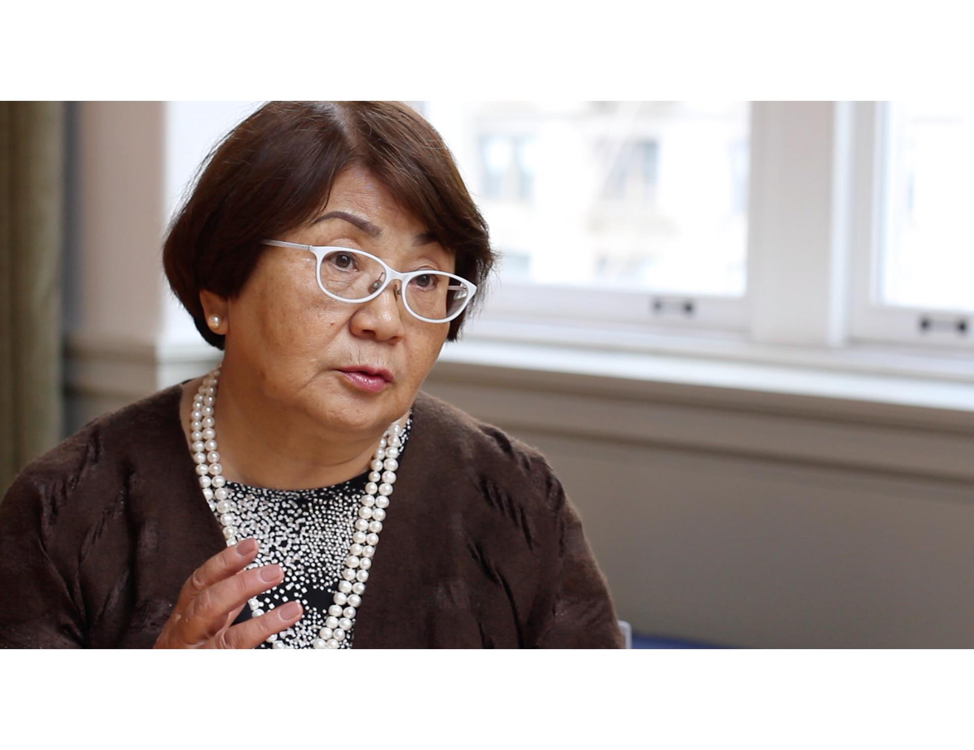 Roza Otunbayeva ilə müsahibə (Birinci hissə): SSRİ-dən Qırğızıstana